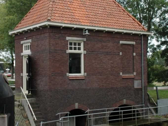 Pompgebouw Uffelte